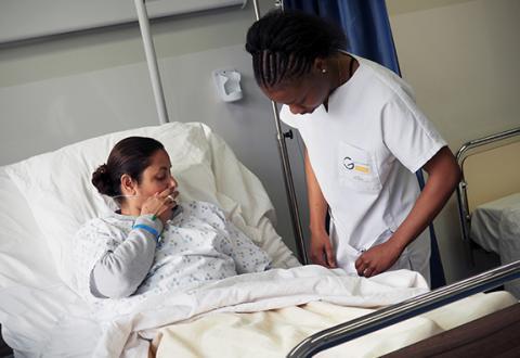 Les patients partenaires et acteurs du centre de simulation en pensée avec nos étudiants